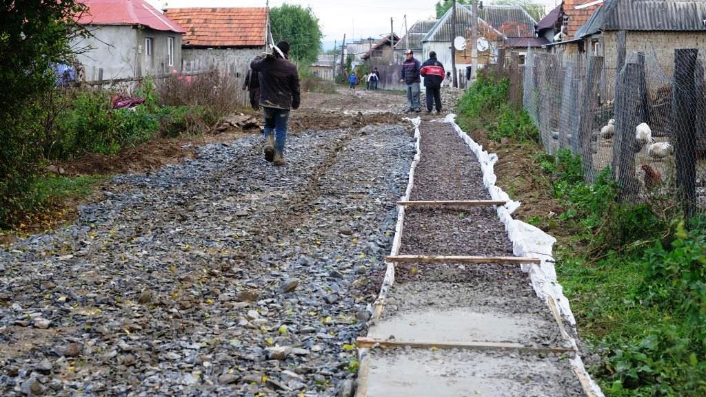 Aanleg_betonpad-zigeunerkamp (10)