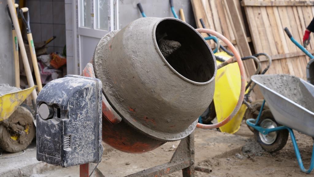 Aanleg_betonpad-zigeunerkamp (17)